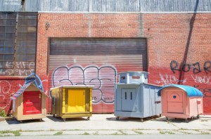 Gregory-Kloehn-turns-trash-into-houses-for-the-homeless-1