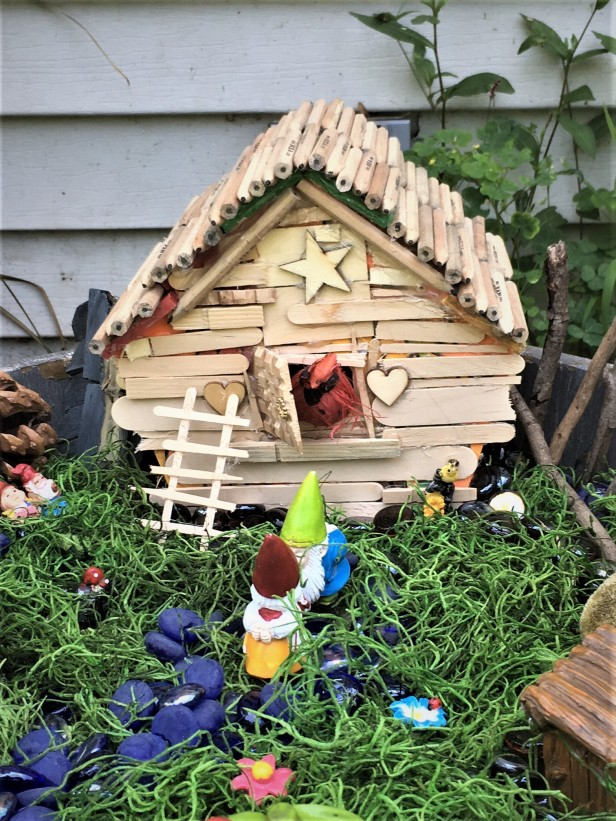 birdtreehousegnomegarden